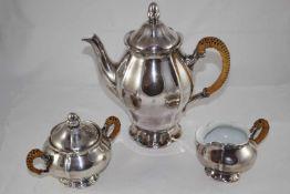 Silber Kanne, Zuckerdose und Sahnegießer Kaffeekanne, Zuckerdose und Sahnegießer, ungemarkt,