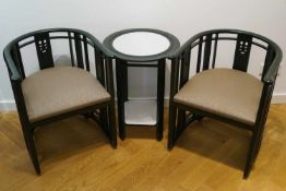 Mackintosh Sitzgruppe Entwurf Charles Rennie Mackintosh (1868-1928), zwei Armlehnstühle und ein