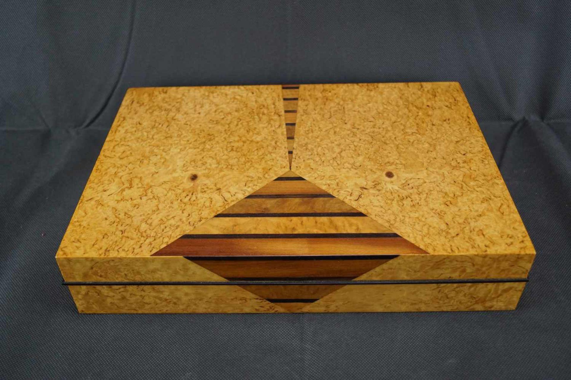 Zweiteilige Schatulle Ulrike Scriba (1944- ), Höhe: 7,5cm x Breite: 34,5cm x Tiefe: 24,5cm,