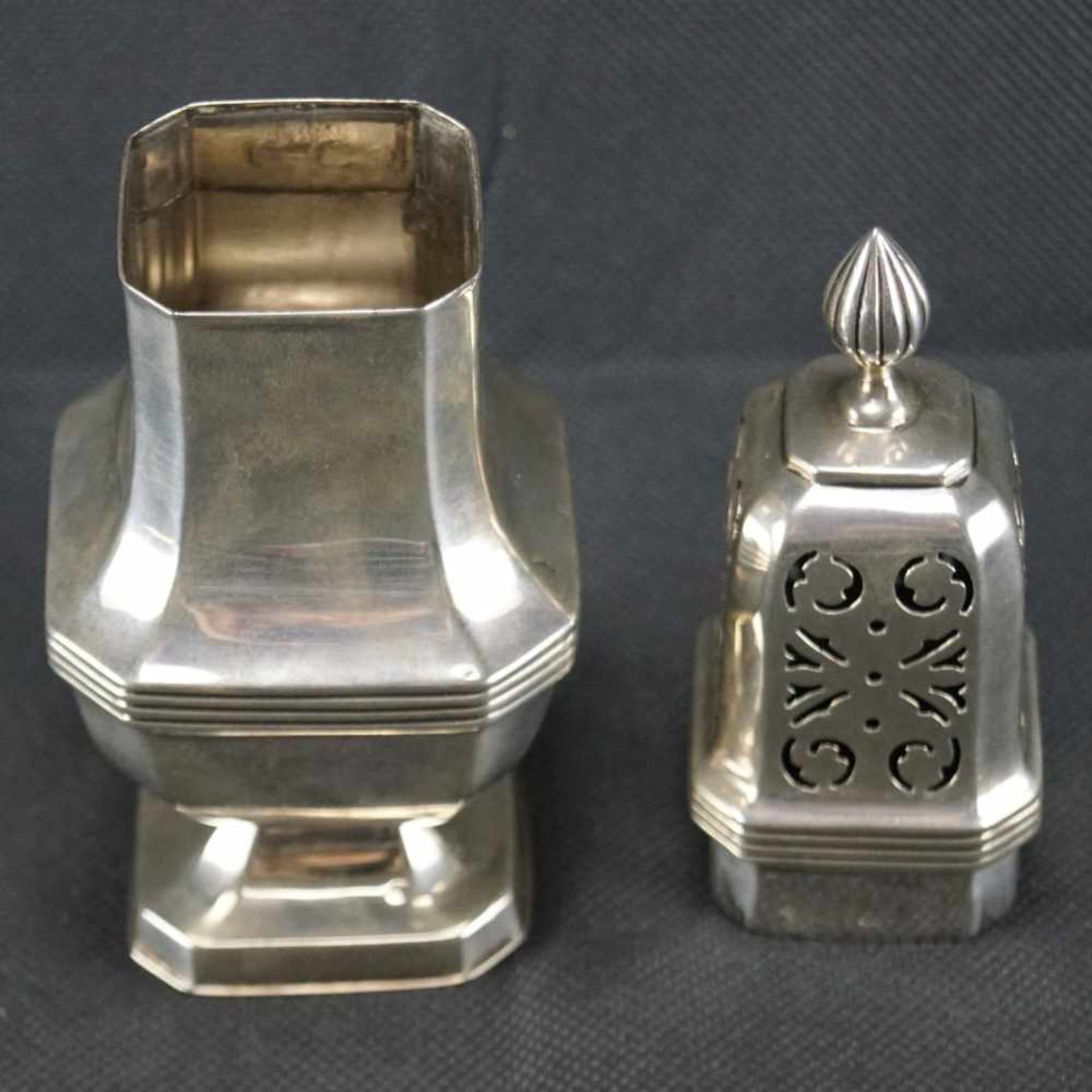 Zuckerstreuer, EnglandSterling Silber, London, Richard Woodman Burbridge, 1936, gepunzt, Höhe 18,5 - Bild 2 aus 3