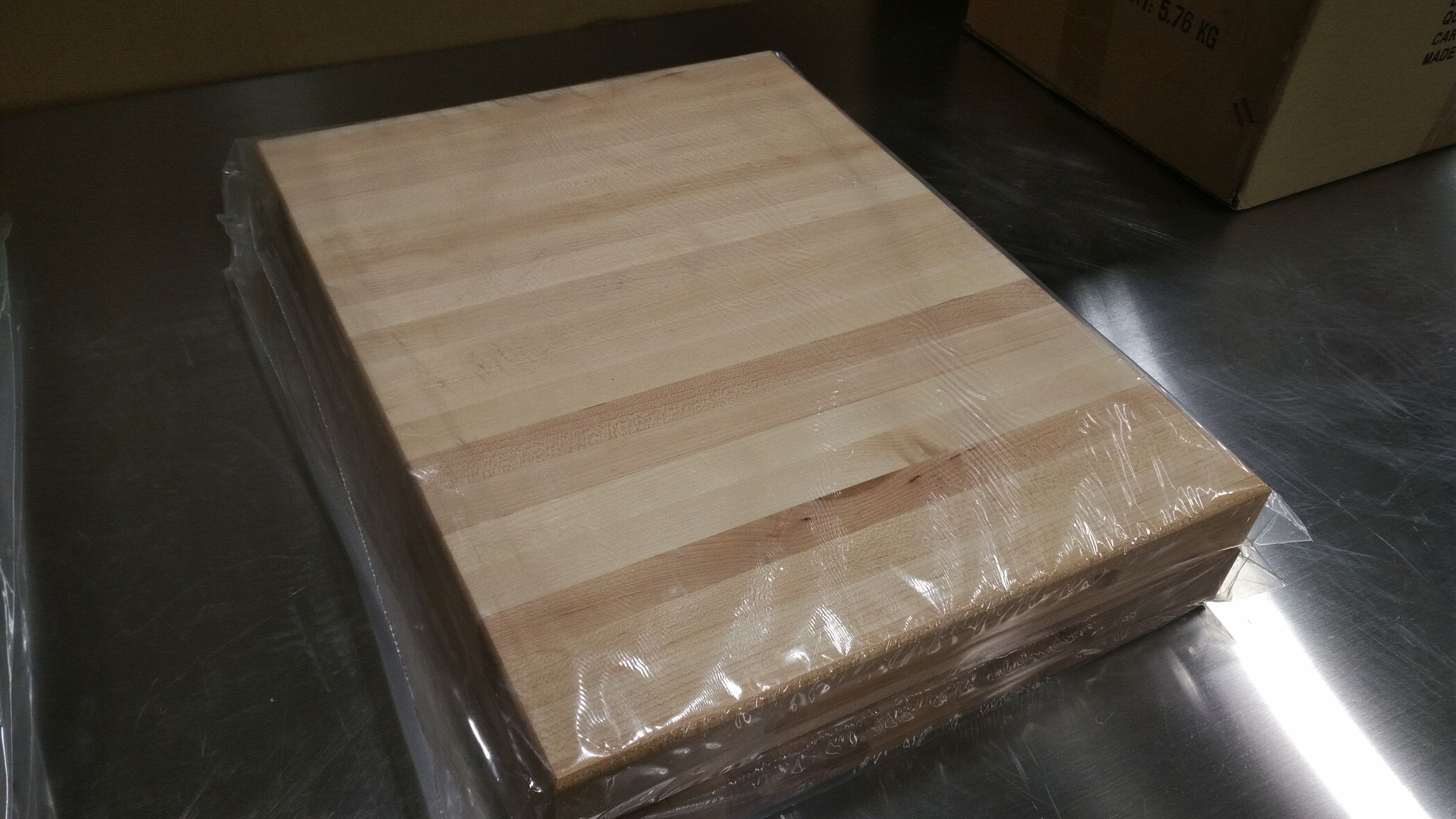 """Lot 8 - 16"""" x 12"""" x 1.5"""" Hard Canadian Maple Carving Board"""