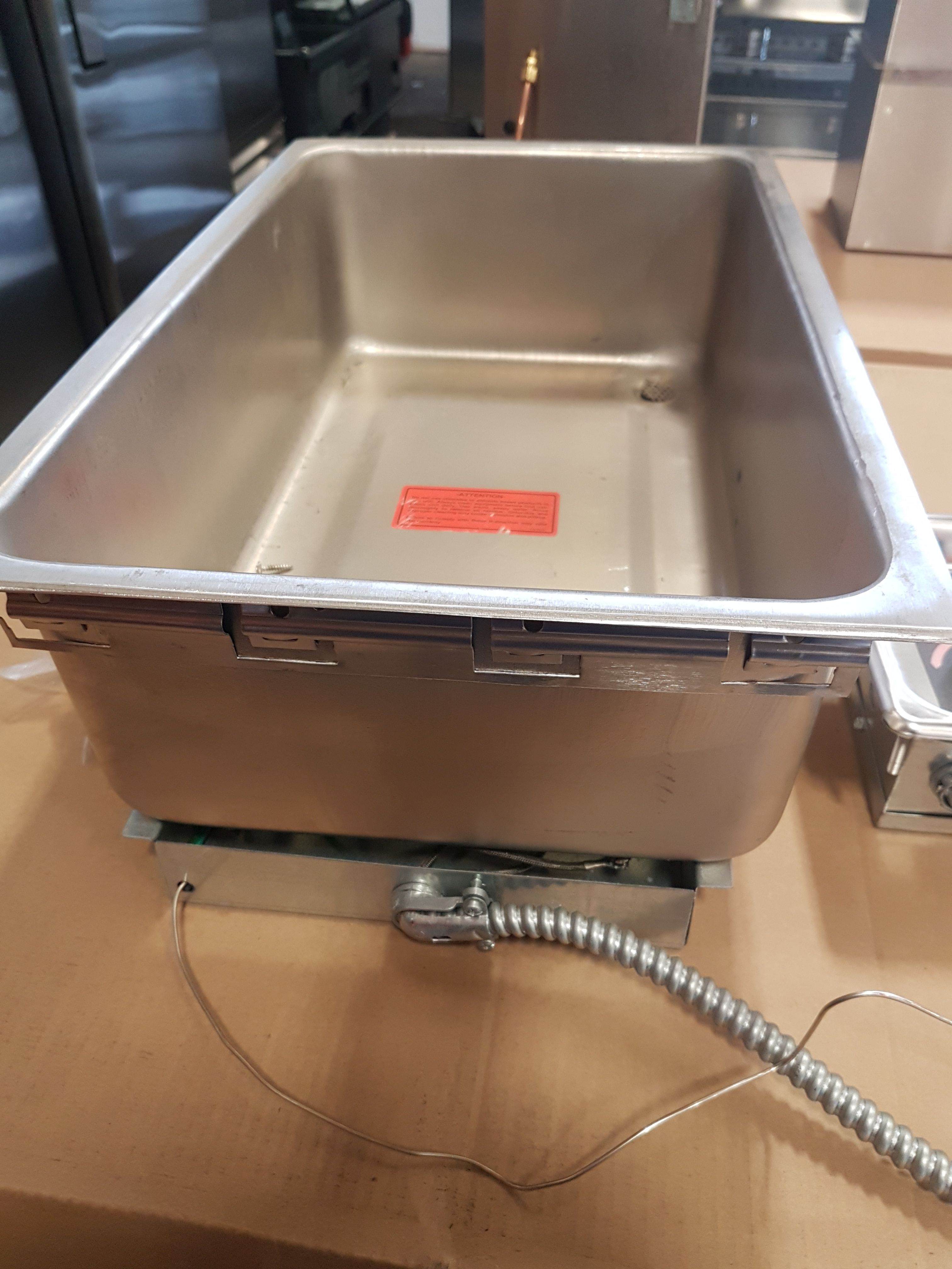Lot 33 - APW Wyatt Drop in Heated Well with Temperature Control
