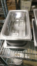 Lot 19 - Stainless 1/3 Insert With Cambro 30CWCH Lid - Lot of 2 (4 Pieces)