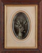 Deiker, Carl Friedrich (Wetzlar, Düsseldorf 1836-1892) Rehbockkopf.Sign. Rauchbild auf Fayenceschale