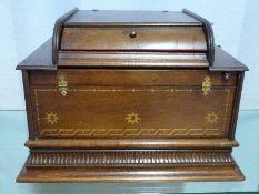 Seraphone, Peter Black, Manchester, um 1900 Nußbaumkasten, Lochstreifen-Mechanik funktionsfähig,