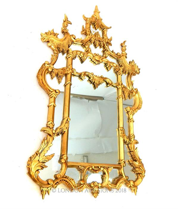 Lot 27 - A Chippendale style giltwood wall mirror