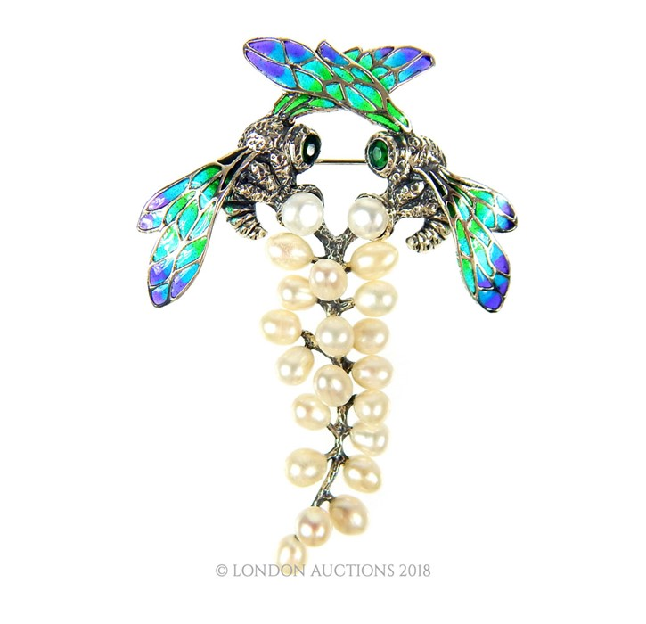 Lot 23 - A Plique a Jour and freshwater pearl brooch