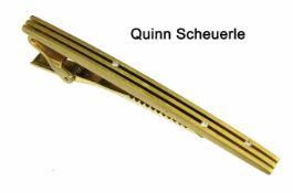 """Krawattenklammer """"QUINN SCHEUERLE"""", GG 750/000, sig.: Quinn, 3 Brillanten ca. 0,035 ct w-si, L ="""