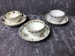 Lot 44 - Two 18th Century tea bowls and saucers, possibly Worcester.