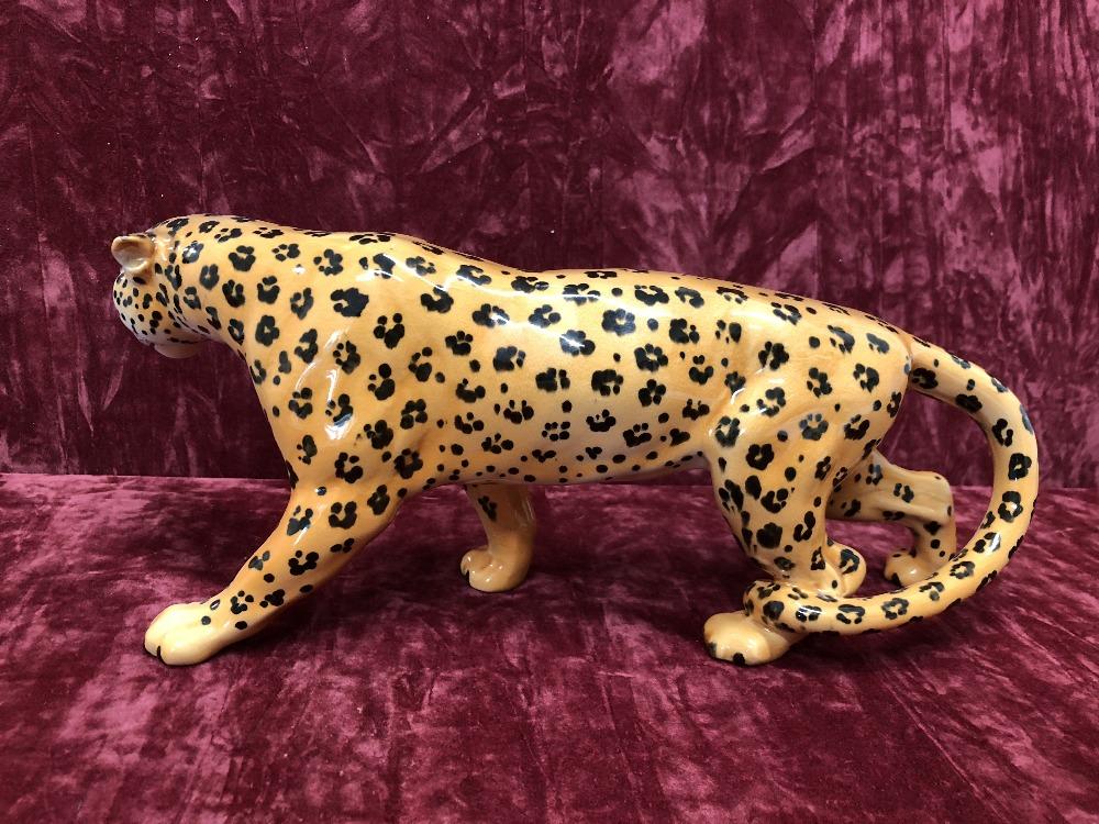 Lot 1 - A Beswick leopard 1082.