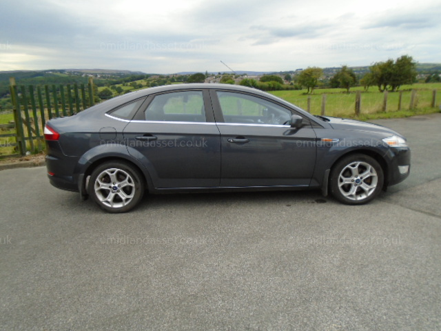 Pg 2009 Reg Ford Mondeo Titanium 5 Door Hatchback One