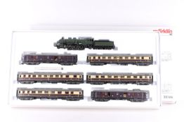 "Märklin 28506, Rheingold-Schnellzug Märklin 28506, Rheingold-Schnellzug, Dampflok ""18 434"", umgebaut"