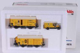 """Märklin 4876, Wagen-Set """"Bananentransport"""" Märklin 4876, Wagen-Set """"Bananentransport"""", zwei"""