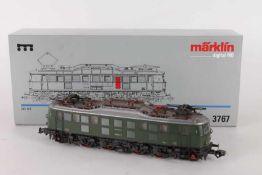 """Märklin 3767, Elektrolok """"118 034-8"""" der BundesbahnMärklin 3767, Elektrolok """"118 034-8"""" der"""