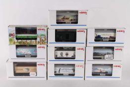 Märklin, zehn GüterwagenMärklin, zehn Güterwagen, darunter einige Sonderwagen, 94110, 94127, 4882,