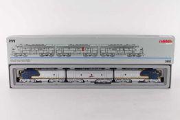 "Märklin 3662, dreiteilige US-Diesellok ""SANTA FE""Märklin 3662, dreiteilige US-Diesellok ""SANTA"