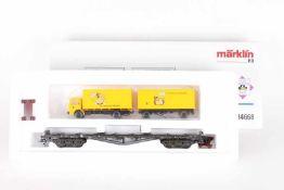 Märklin 84668 (PMS 63-06), Flachwagen mit Post-Koffer-LastzugMärklin 84668 (PMS 63-06), Flachwagen