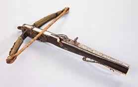 Jagdarmbrust mit Stahlbogen. Originale Umwickelung und Wollaufputz. Originale Sehne.