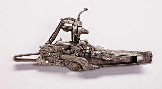 Radschloss für ein Wallgewehr, mit außen liegendem Rad und halbkugeliger Abdeckung (alle