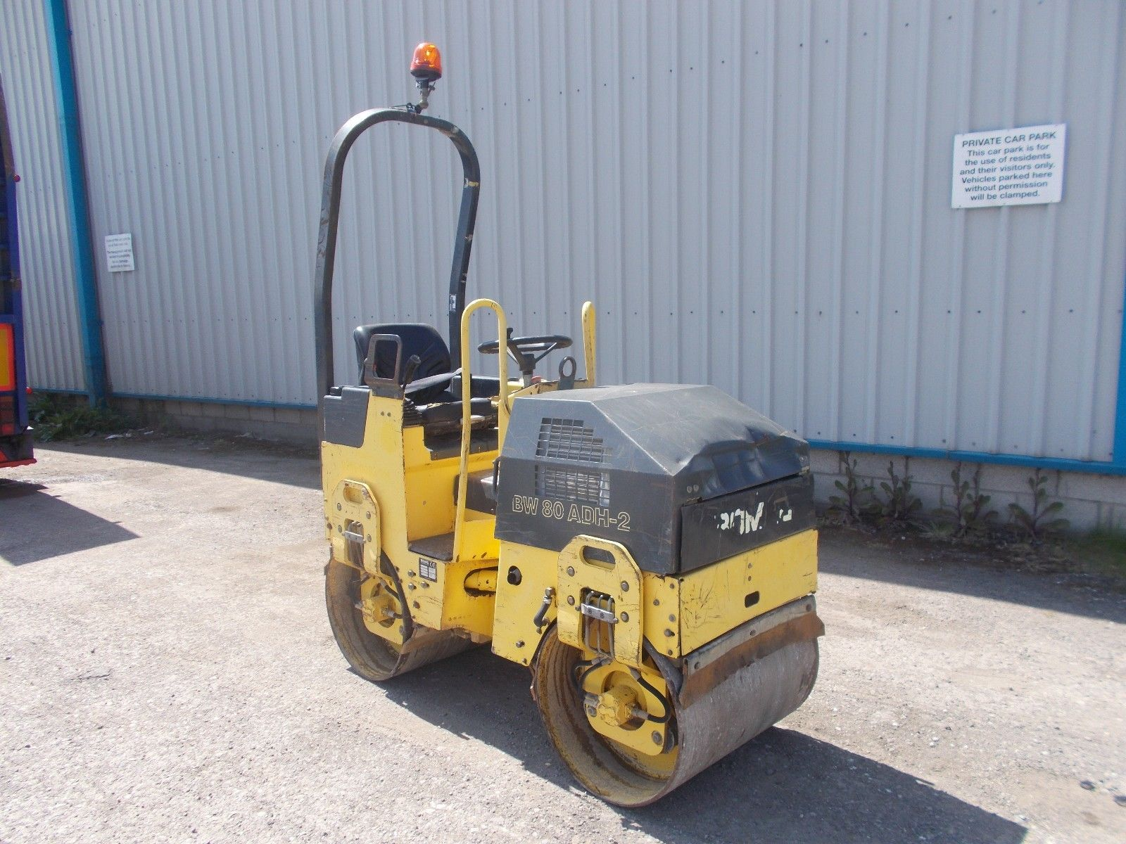 Lot 309 - Bomag BW80 Vibrating Ride On Roller