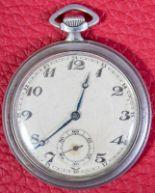 Lot 5812 - Flache Halbsavonette-Herrentaschenuhr, Gehäuse in 900er Silber, Staubdeckel lässt sich nicht öffnen,