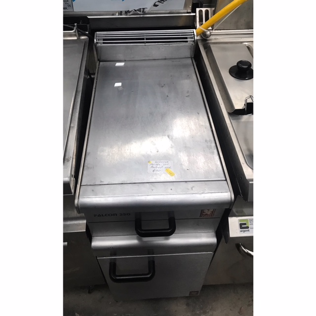Lot 52 - Falcon AMBEINT STAINLESS STEEL CUPBAORD Ambient stainless steel drawer The Falcon 350 Series is