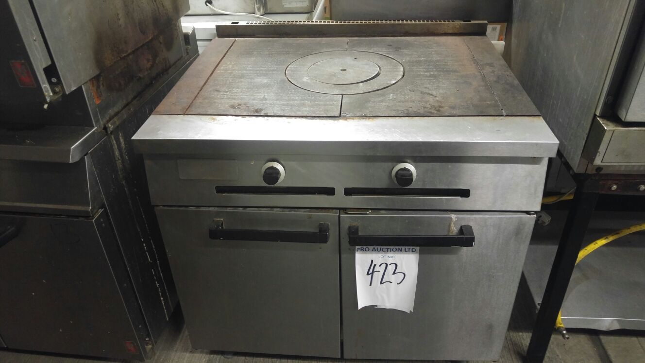 Lot 18 - Falcon Solid gas top With an exceptionally powerful solid top which can reach temperatures of