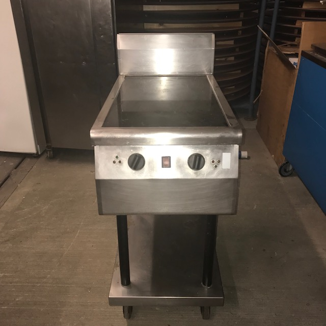 Lot 1 - Moorwood Vulcan MVIN2 Heated Induction Heated Induction unit 450 x 800 x 860mm V/Ph/Hz. 230/1/50