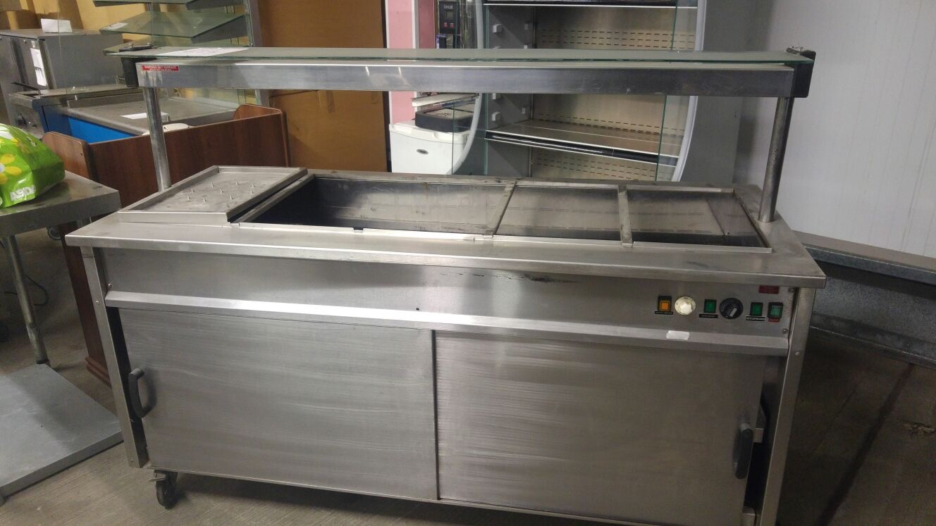 Lot 12 - Moffat Hot Cupboard Hot food display unit with cabinet section 1800 x 750 x 1300mm V/Ph/Hz. 230/1/50