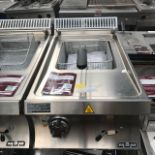 Lot 56 - MBM EF477T Electric Single Basket table top Fryer Fryer The worktop is in AISI 304 18/10 stainless