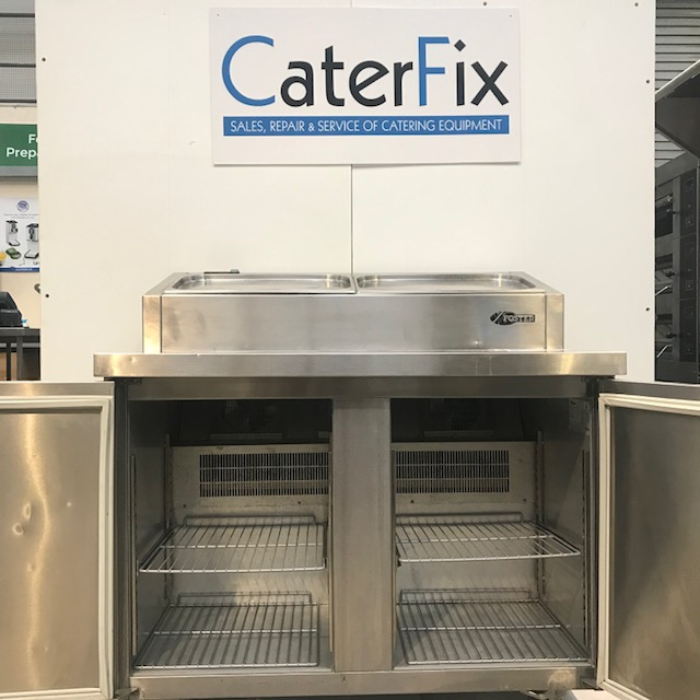 Lot 34 - Foster PMC2HRT 2 door chiller prep station A two door Pizza Prep Station with six gastronorm 1/3