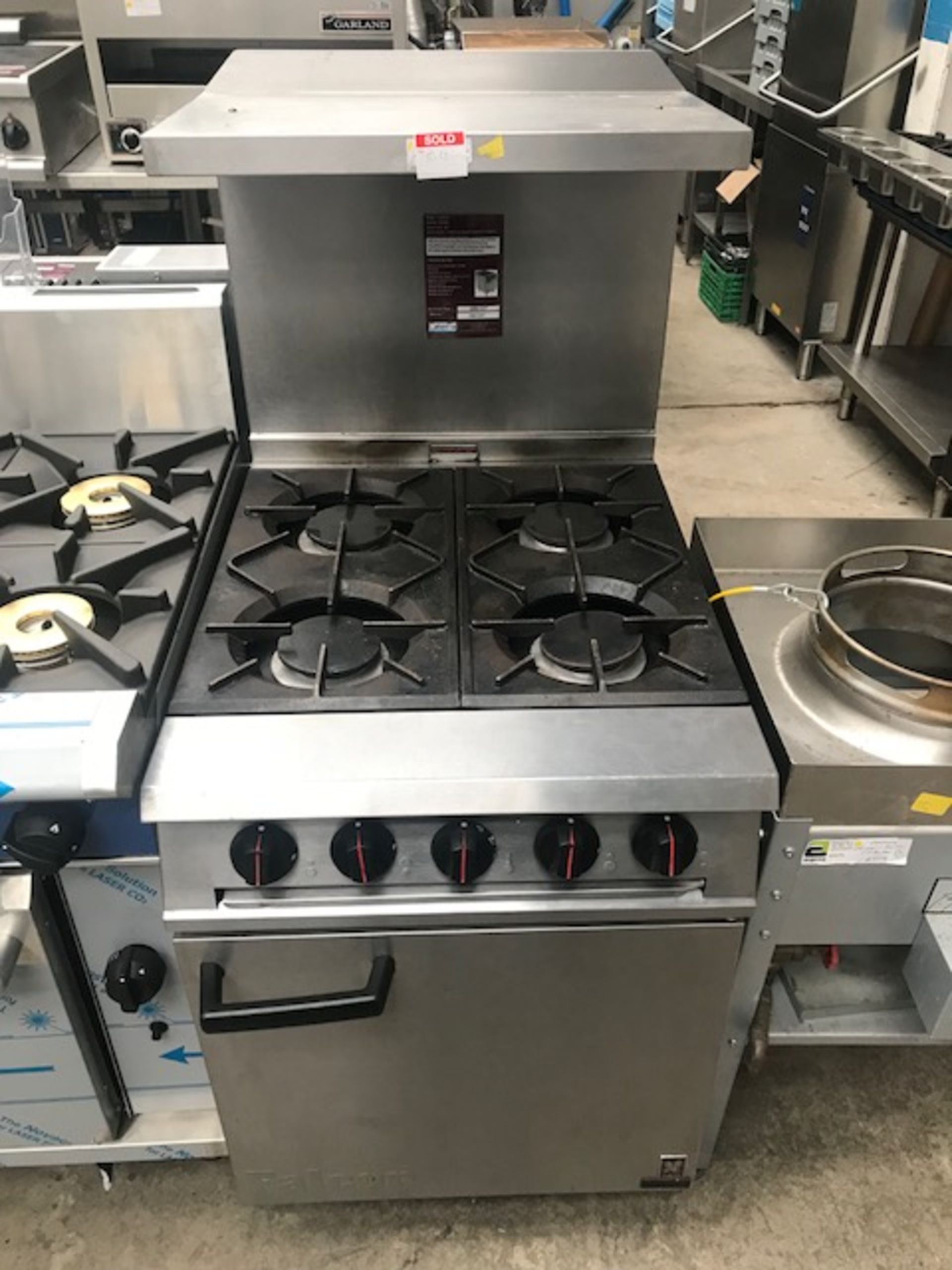 Lot 61 - Falcon  G3161  4 Burner Dominator Plus Natural Gas with Splash back and shelf The highly compact