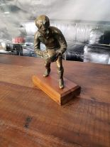 Lot 42 - Sculpture - Bronzed Resin Sport Man RS-08 Objets d'Art Decorative Accessories Carton 26 x 20 x