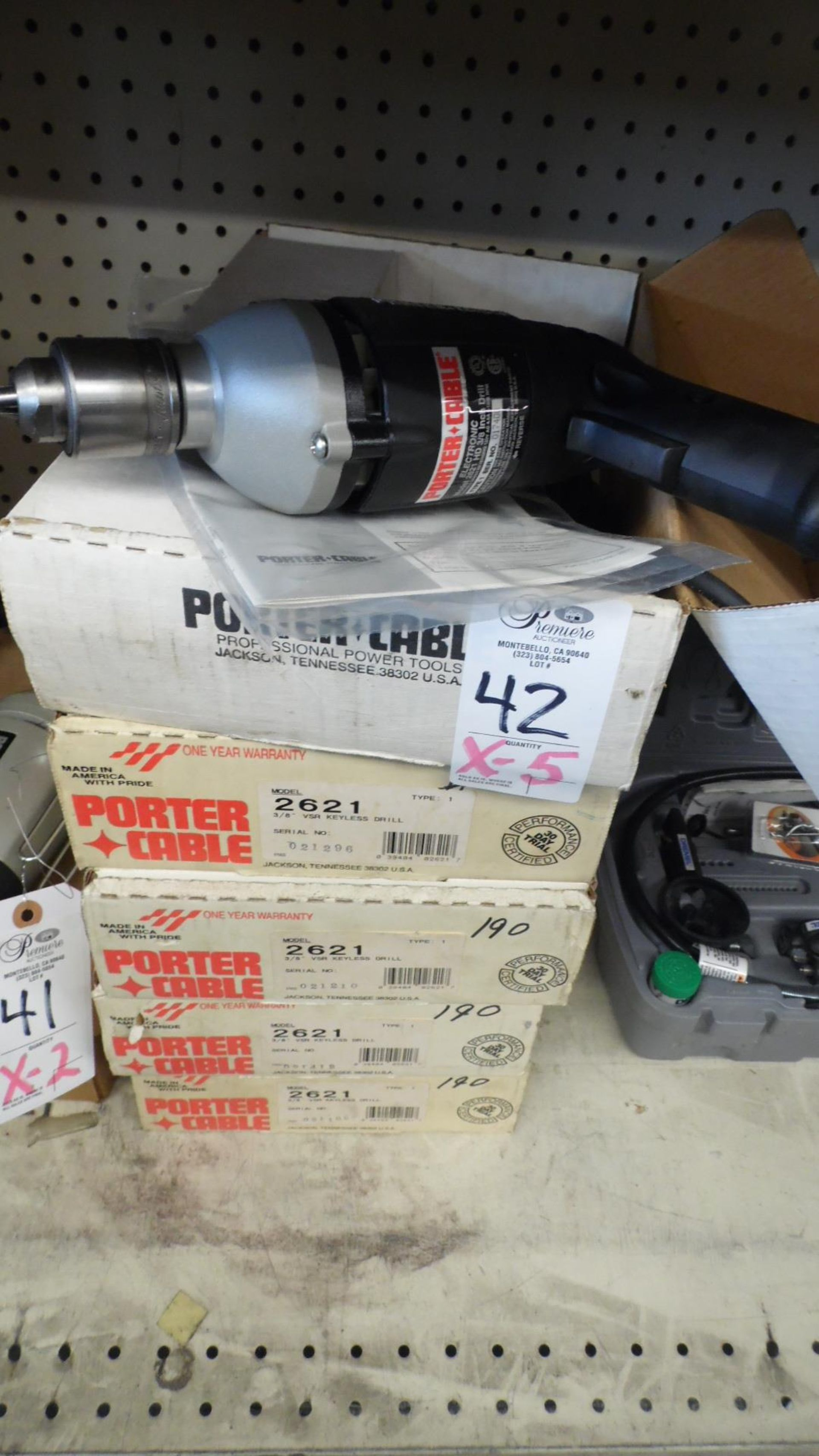 "Lot 42 - PORTER CABLE 3/8"" VSR DRILL"