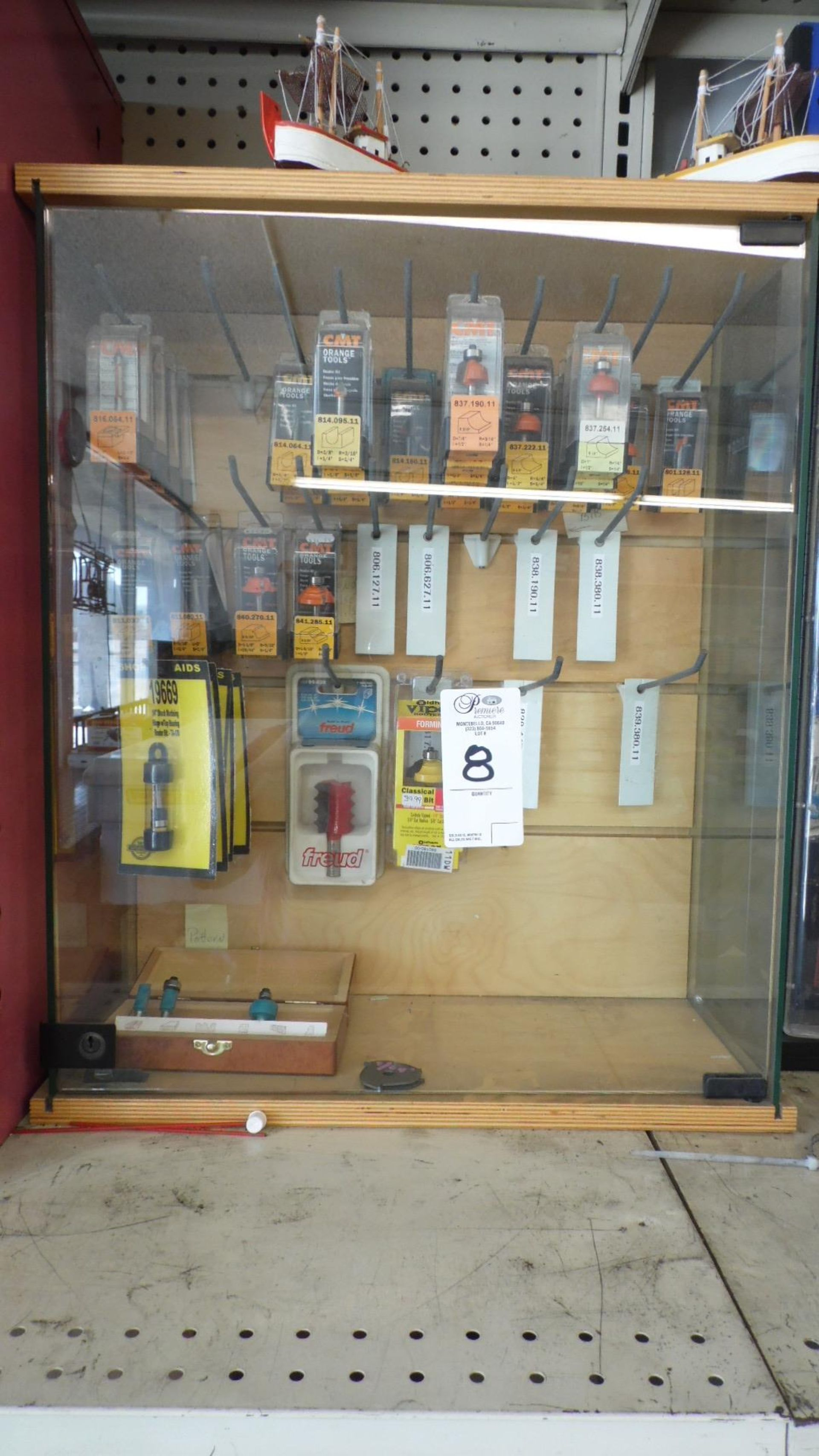Lot 8 - ASSORTED ROUTER BITS w/ CASE