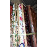 WOOD SLAT FLOWER TRELLIS BACKDROP