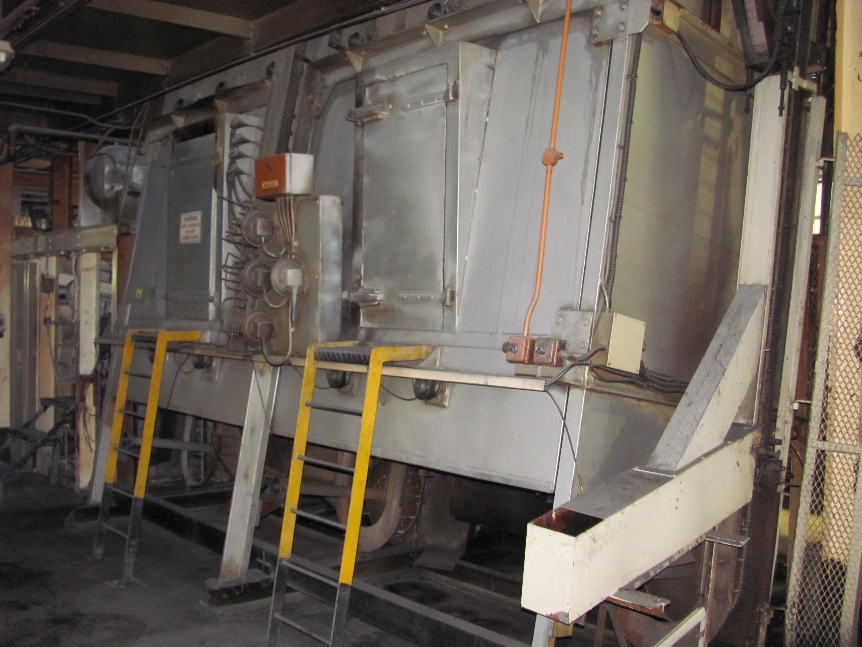 Lot 128 - Peg Oven