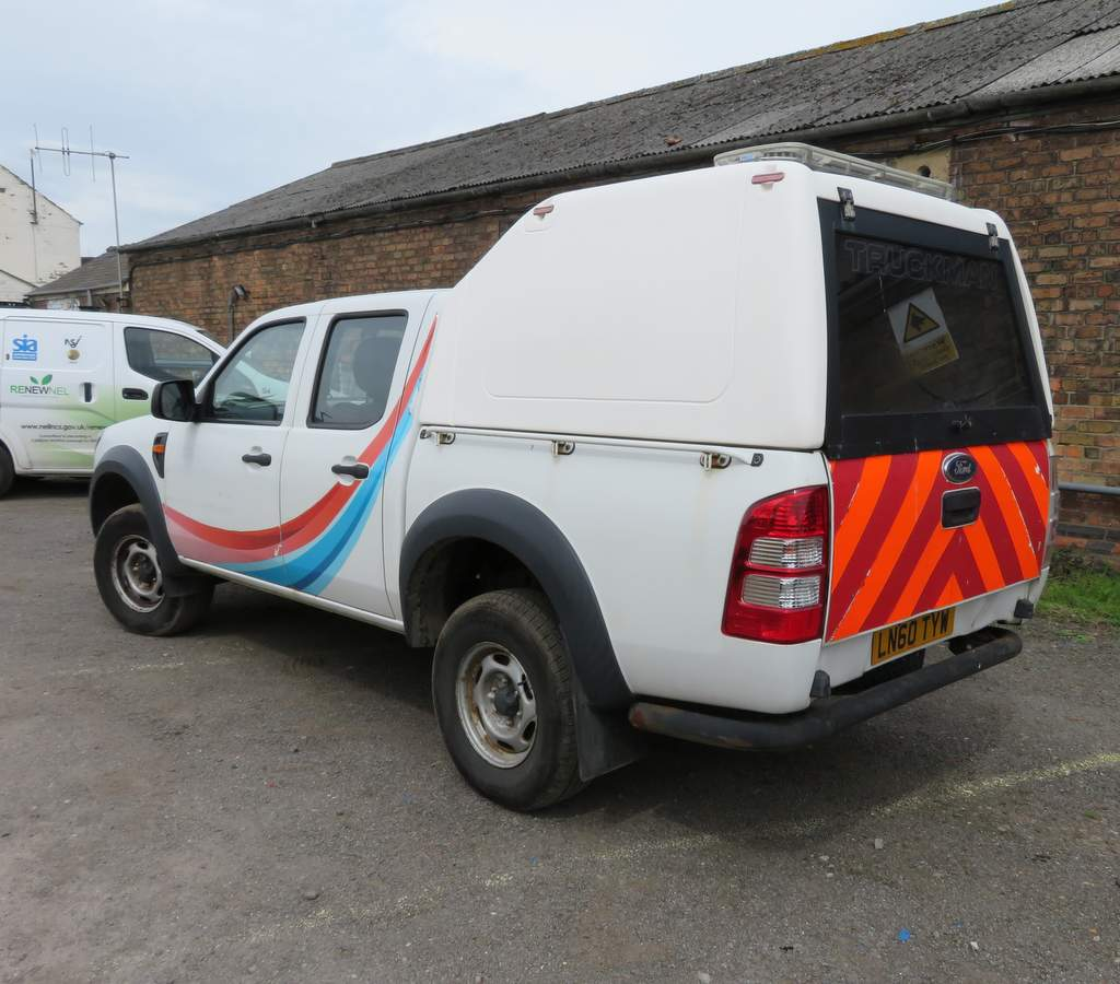 Lot 18 - 2010 Ford Ranger XL Double Cab Pick Up - LN60 TWY