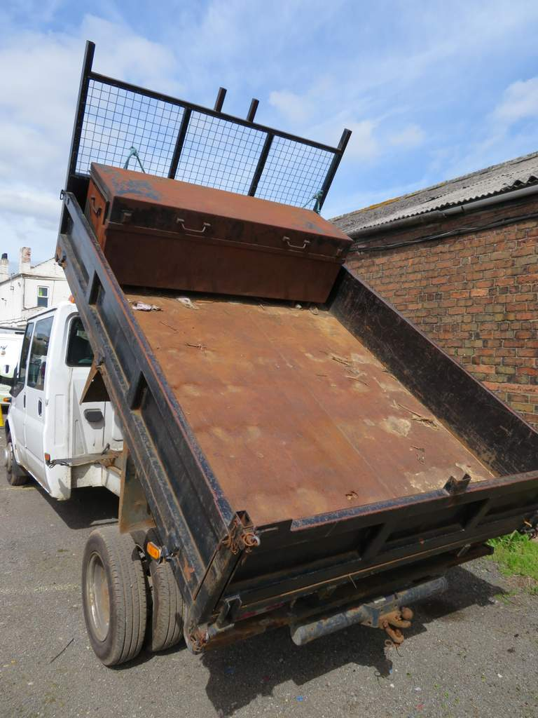 Lot 17 - 2009 Ford Transit T350L Double Cab Tipper - FX09 YCH