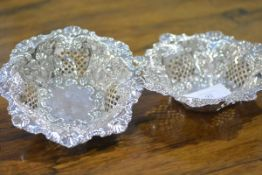A pair of late Victorian silver bon bon dishes, Chester 1898, of circular form, with everted rim