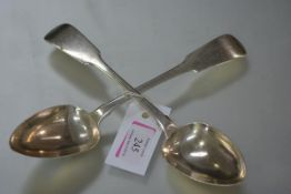 A pair of George IV Irish silver table spoons, William Cummins, Dublin 1826, Fiddle pattern, not