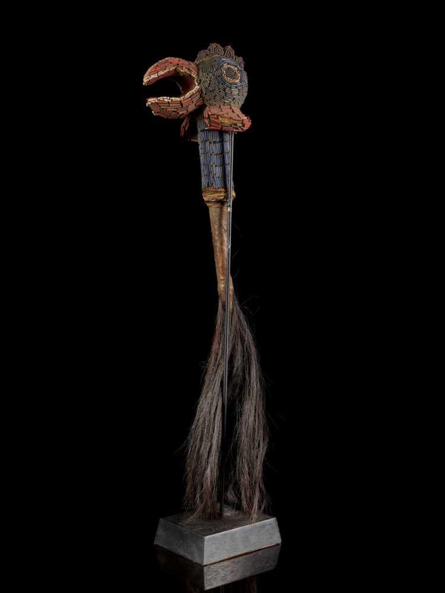 Beaded Flywhisk - Rooster - Tribal ArtThe Royal Fly Whisks (ethnic names: see leng koko or beuka) - Bild 3 aus 8