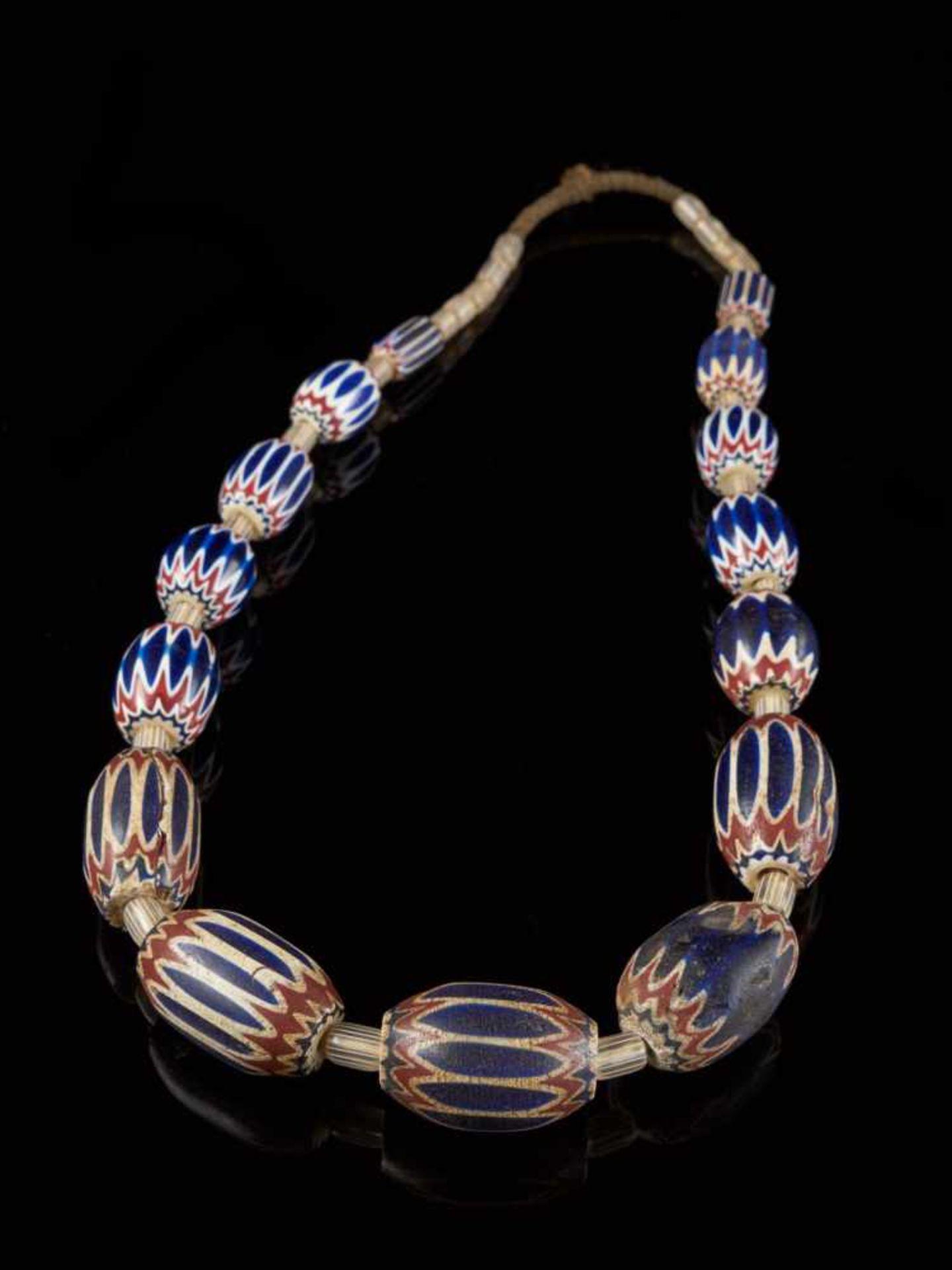 Traditional Bamileke 7 Layer Chevron Trade Bead Necklace Of 15 Beads. - Tribal ArtChevrons beads are - Bild 2 aus 5