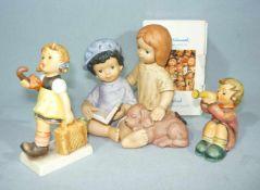 Goebel, Hummel u.a. Drei Kinderfiguren. Handbemalt. Tlw. mit OVP. H. ca. 12 cm u. kl. Goebel, Hummel