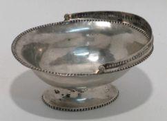 Henkelschale Danzig, Anfang 19. Jh., Meyer. Silber. Ovale Schale auf ovalem Fuß mit Klapphenkel