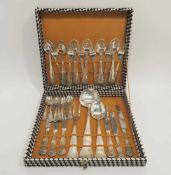 """Besteck für sechs Personen, 27tlg. Silber. """"Kings pattern"""". Marken (800). 1.145 g. 27 Teile: Je"""