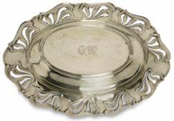 Schale Deutsch, Jugendstil Silber. Ovale Schale mit durchbrochenem Jugendstil-Reliefrand. Graviertes