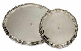 Zwei Platten Bremen-Hemelingen, Wilkens & Söhne Silber. Ovale bzw. rund, mit profiliertem
