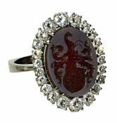 """Wappenring 18 K WG, Marken (750, Juweliermarke """"S""""). Glatte eckige Ringschiene, zur Schulter hin"""