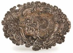 Schauplatte Augsburg, 1747-49 Christian Lütkens (Mstr. 1709-58). Ovale geschweifte Form, im